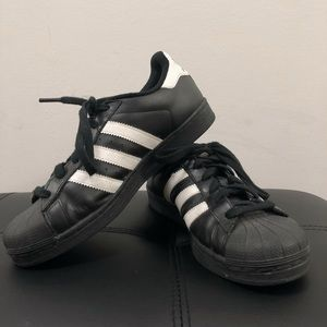 Adidas Superstar Shell Toe Sneakers
